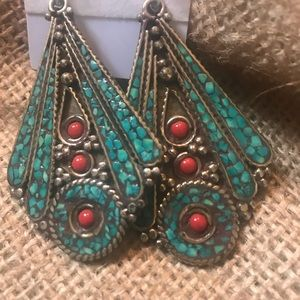 Jewelry - Drop earring